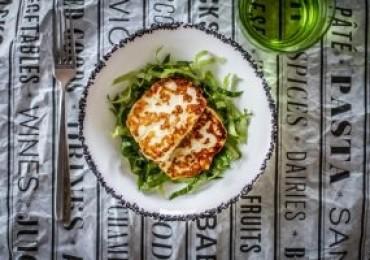 Cézár saláta kecskesajtos